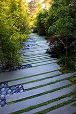 Cr er un chemin une all e dans son jardin nortene - Faire un chemin dans son jardin ...