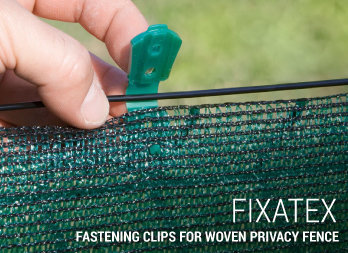 Fastening clips for woven privacy fence
