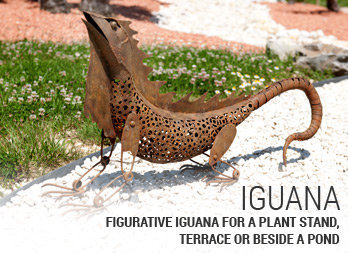 Figurative iguana for a plant stand, terrace or beside a pond.