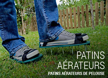 Patins aérateurs de pelouse