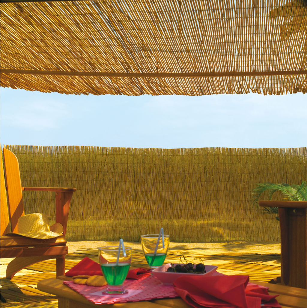reedcane tiges de roseaux naturels nortene. Black Bedroom Furniture Sets. Home Design Ideas
