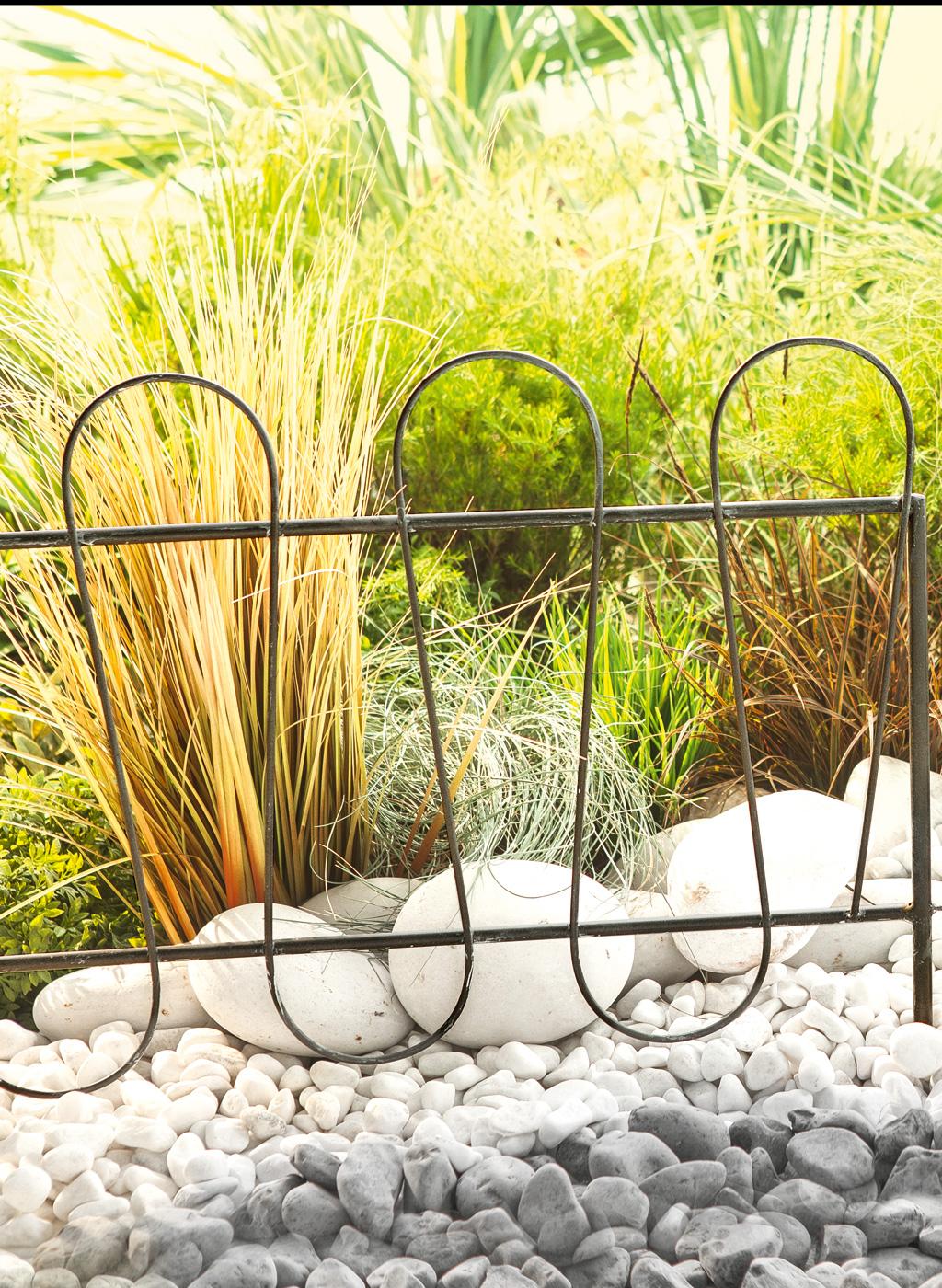 wave metal border bordures lot de 2 planter en terre pour d limiter un parterre cr er. Black Bedroom Furniture Sets. Home Design Ideas